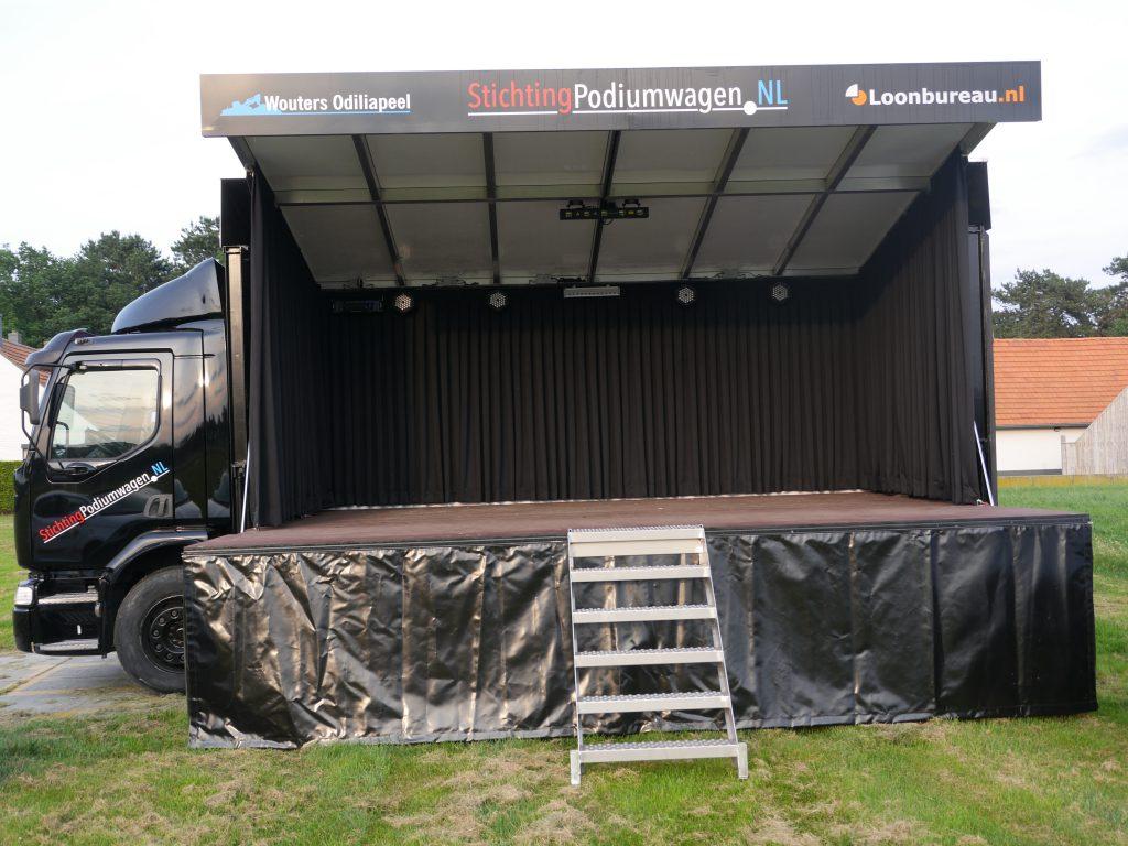 Stichting podiumwagen - voorkant