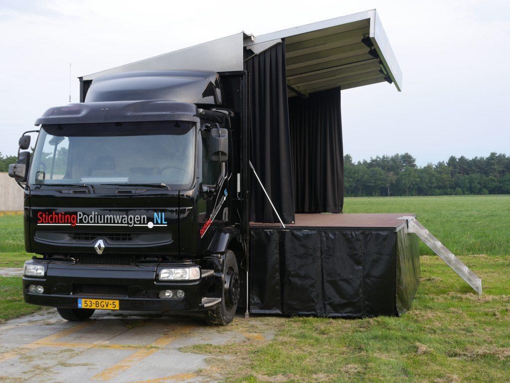 Stichting podiumwagen - zijkant